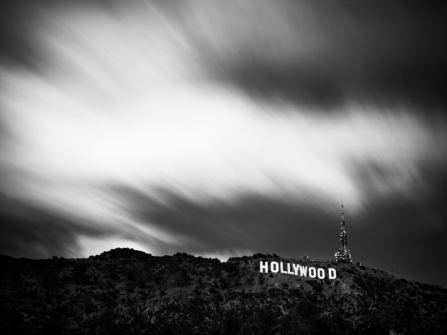 025-150430_HollywoodSign-0014-BW-FInal